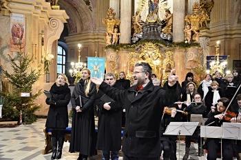 Novoroční koncert 2013-Křtiny 107.jpg