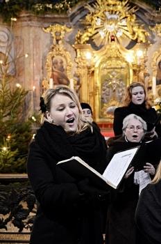 Novoroční koncert 2013-Křtiny 014.jpg