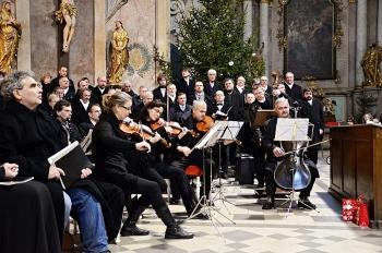 Novoroční koncert 2013-Křtiny 023.jpg