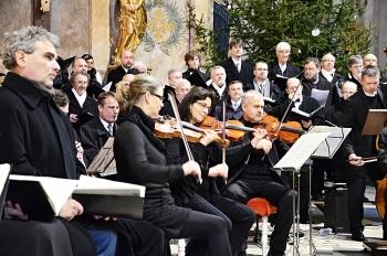 Novoroční koncert 2013-Křtiny 065.jpg