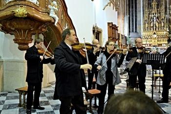 Ván. koncert 25.12.2012 Petrov 006.jpg